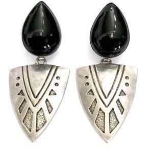 Vintage Navajo Onyx Sterling Silver Earrings